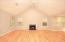 Gorgeous Hdwds, FP, Vaulted Ceilings