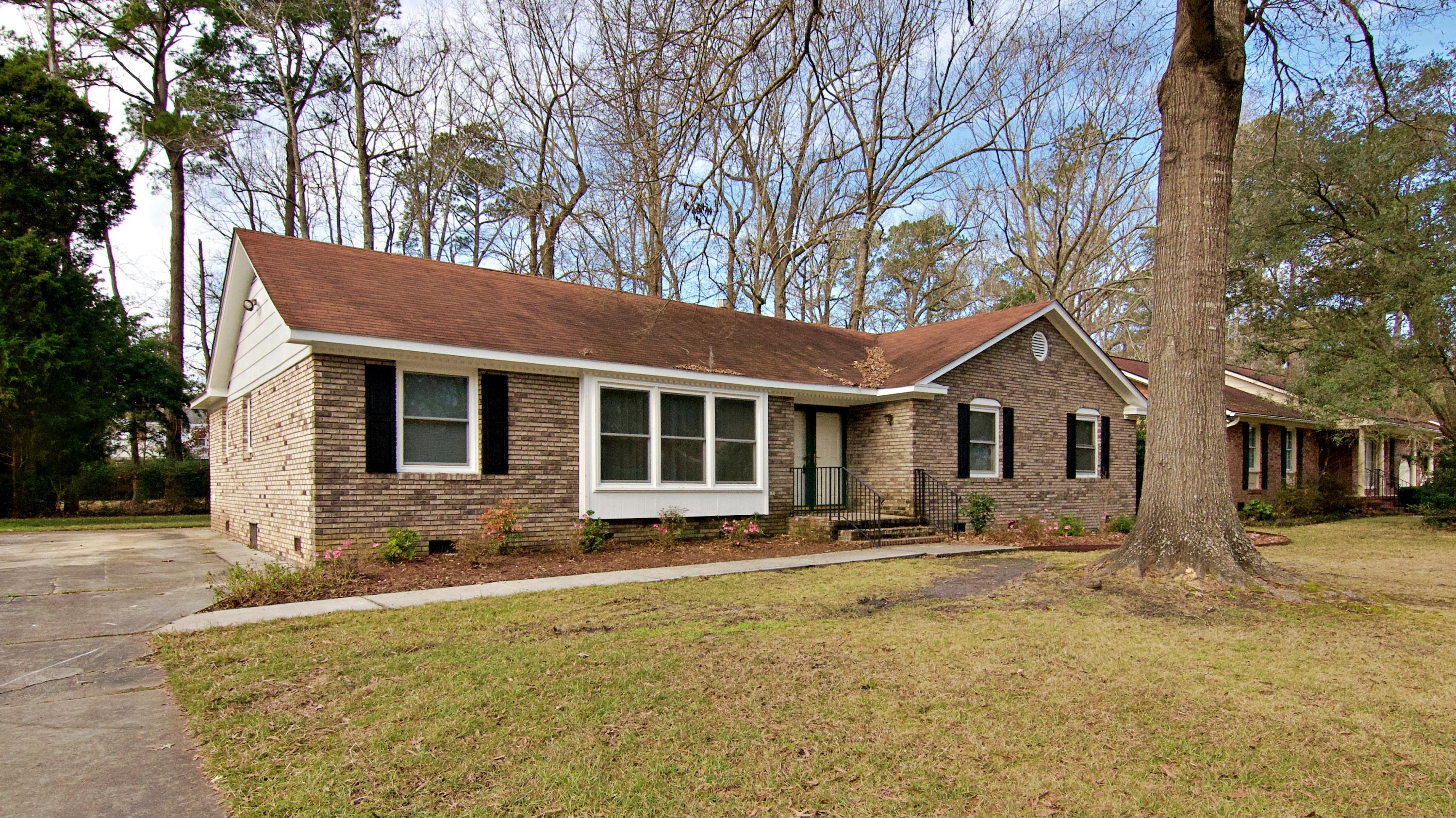 108 Old Tavern Lane Summerville, SC 29485