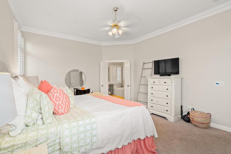 176 Scott Street Charleston, SC 29492