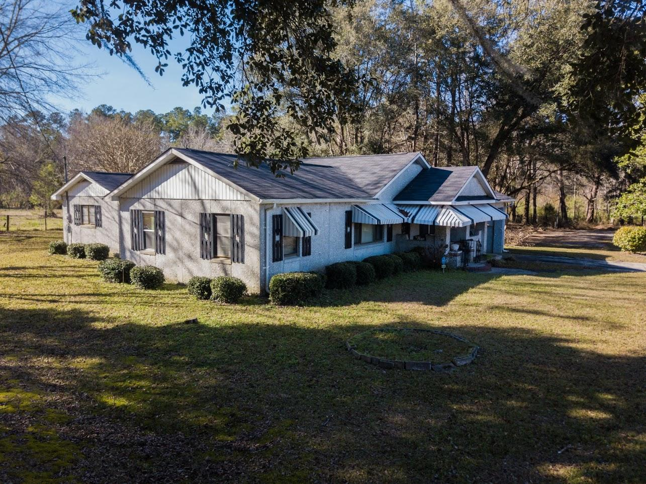 646 Burr Hill Road Cottageville, SC 29435