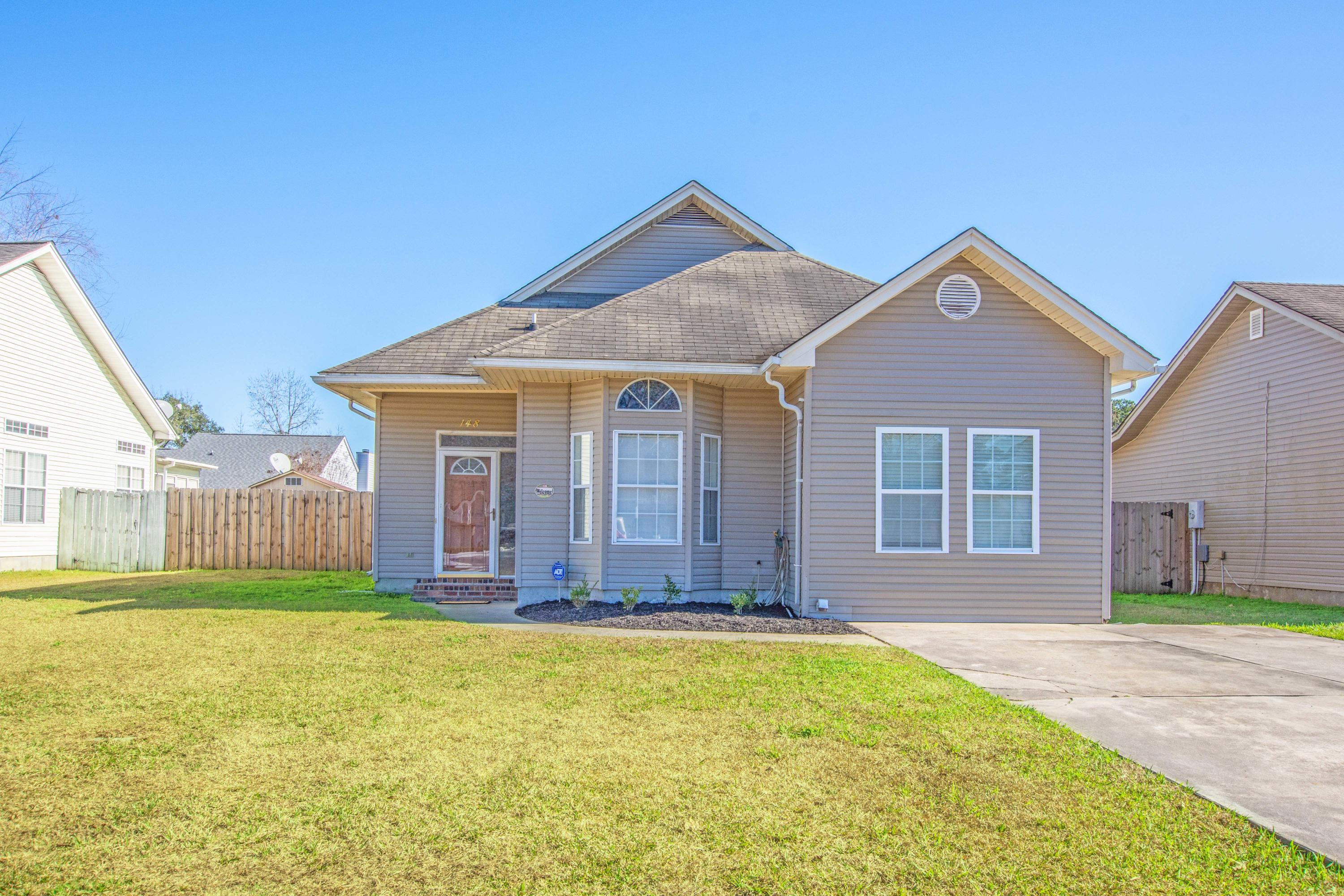 148 Pecan Grove Avenue Goose Creek, SC 29445
