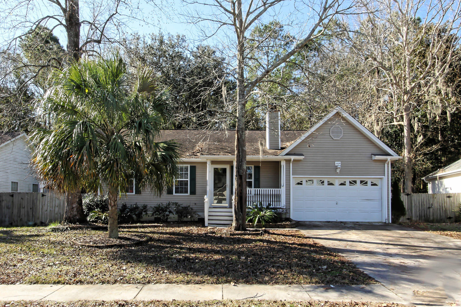 2229 Asheford Drive Charleston, SC 29414