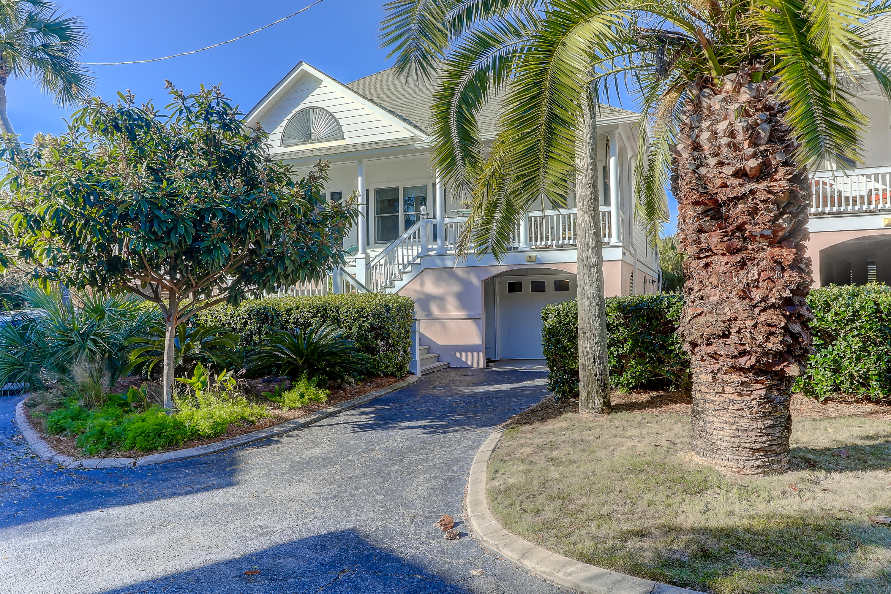 5 Links Clubhouse Court Isle Of Palms, SC 29451