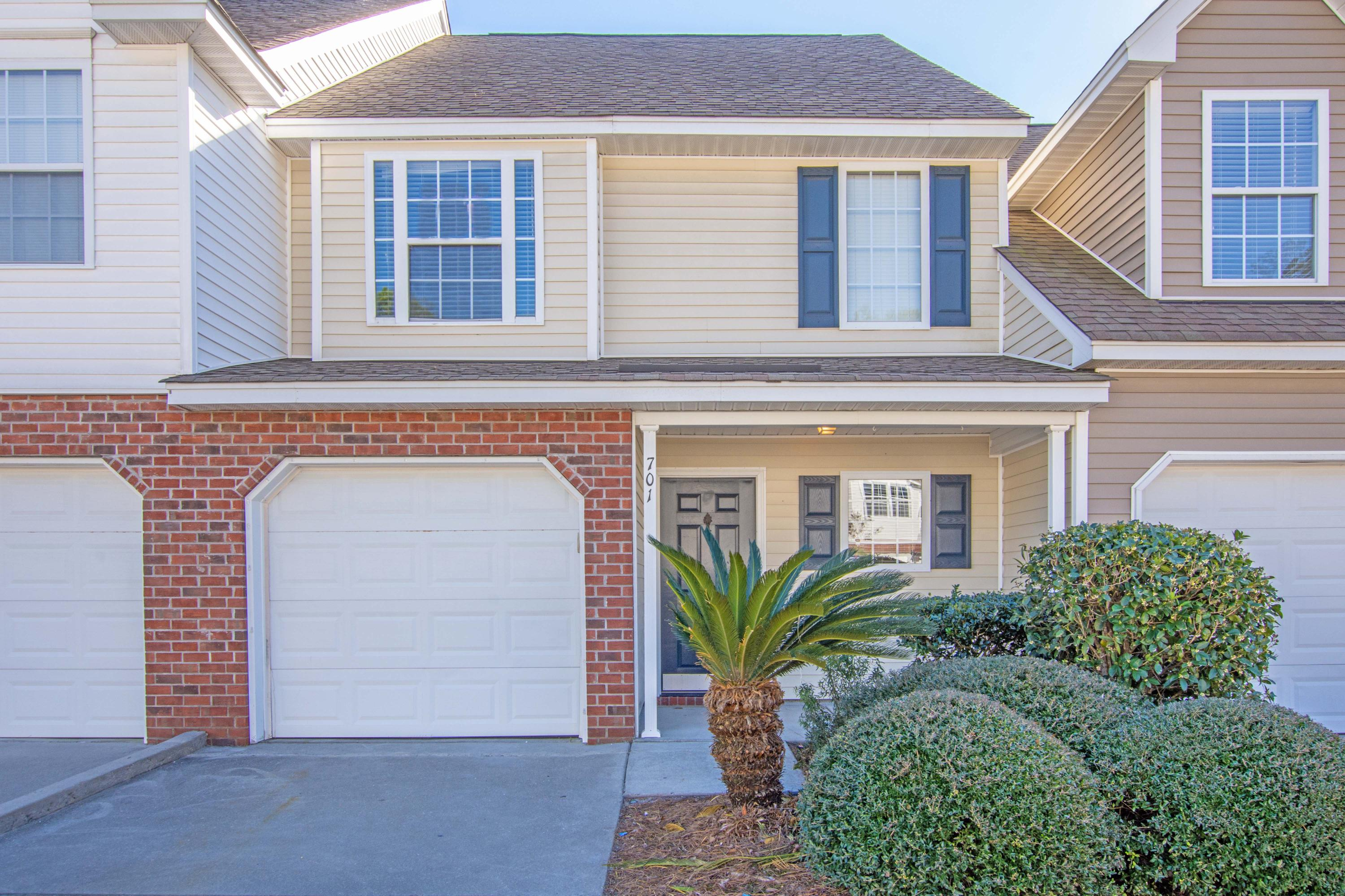 701 Buckthorn Circle Summerville, SC 29483