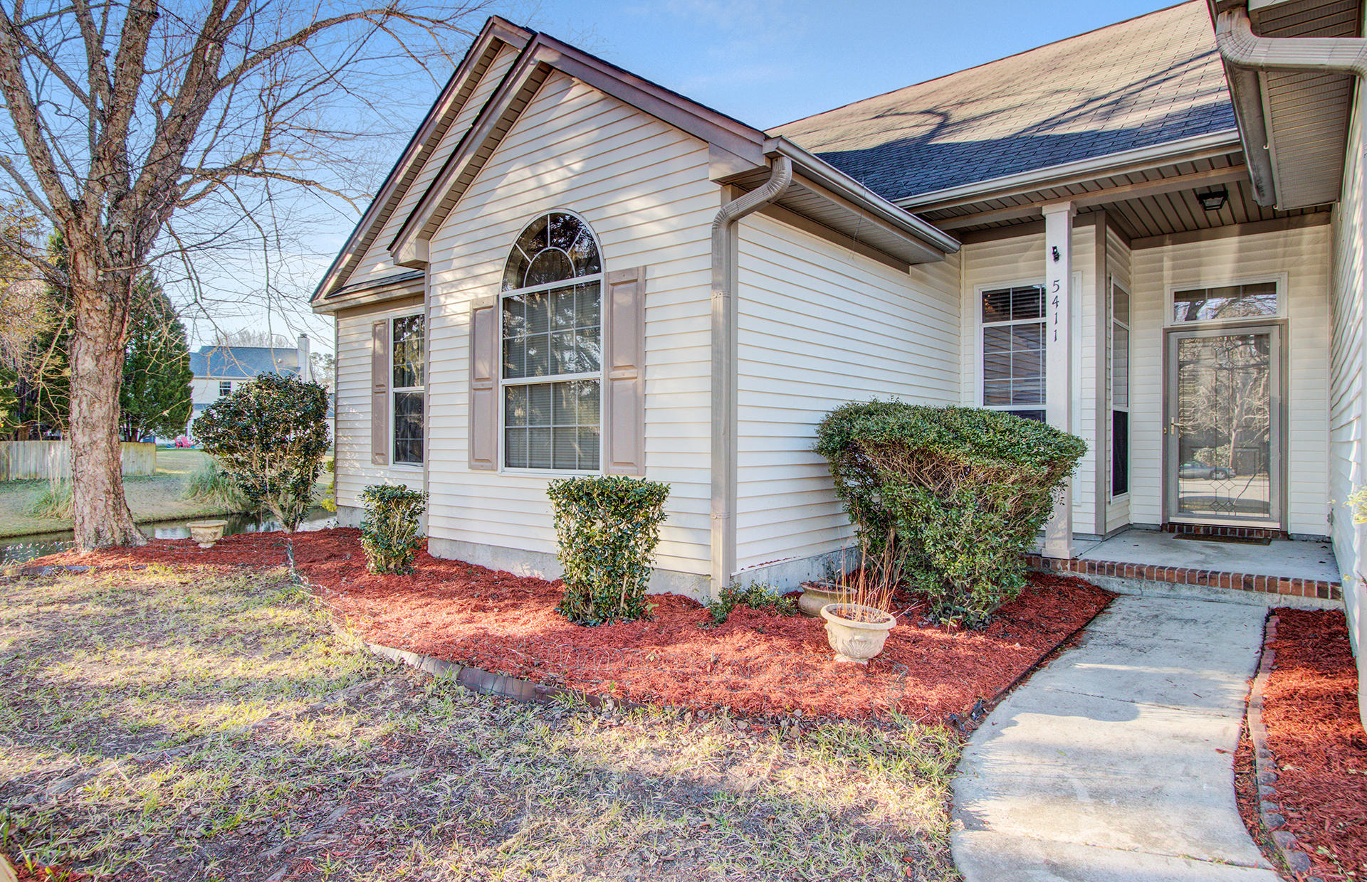 5411 Dwight Drive North Charleston, SC 29420