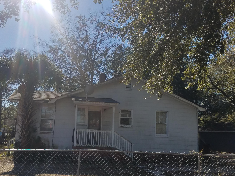 2604 Stark Lane North Charleston, SC 29405