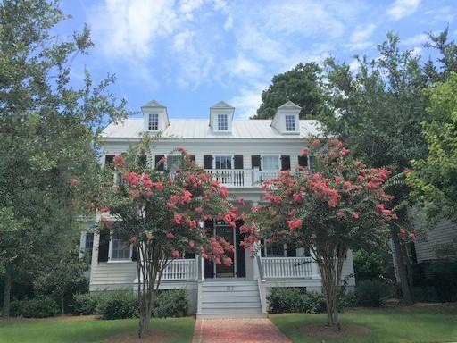 212 King George Street Charleston, SC 29492