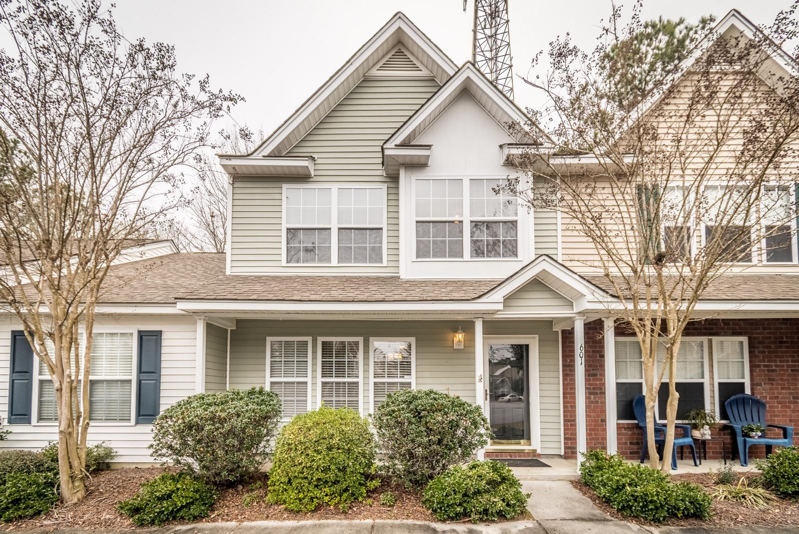 601 Yellow Hawthorn Circle Summerville, SC 29483