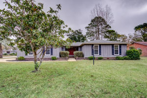 980 Cottingham Drive, Mount Pleasant, SC 29464