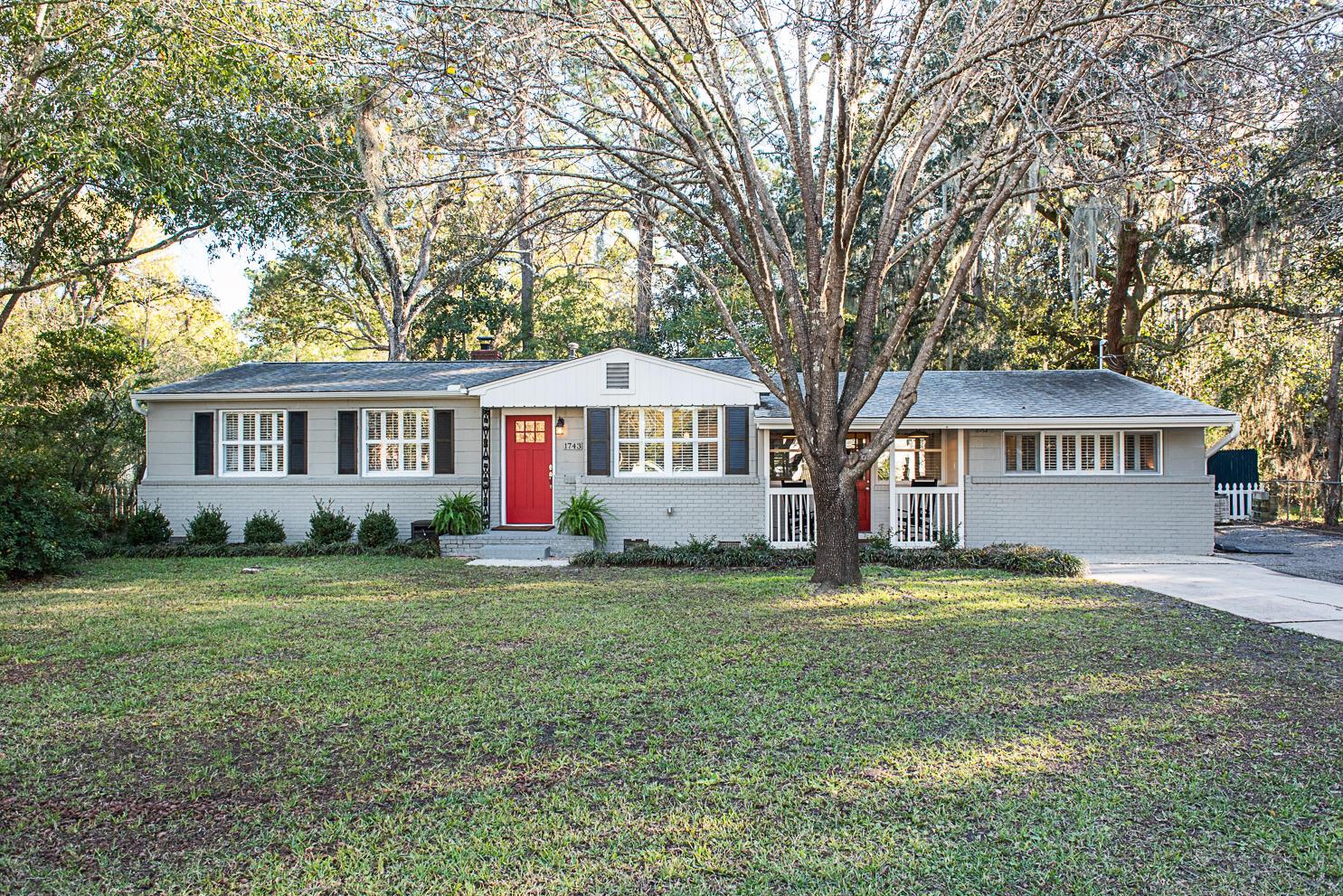 1743 Mchenry Avenue Charleston, SC 29412