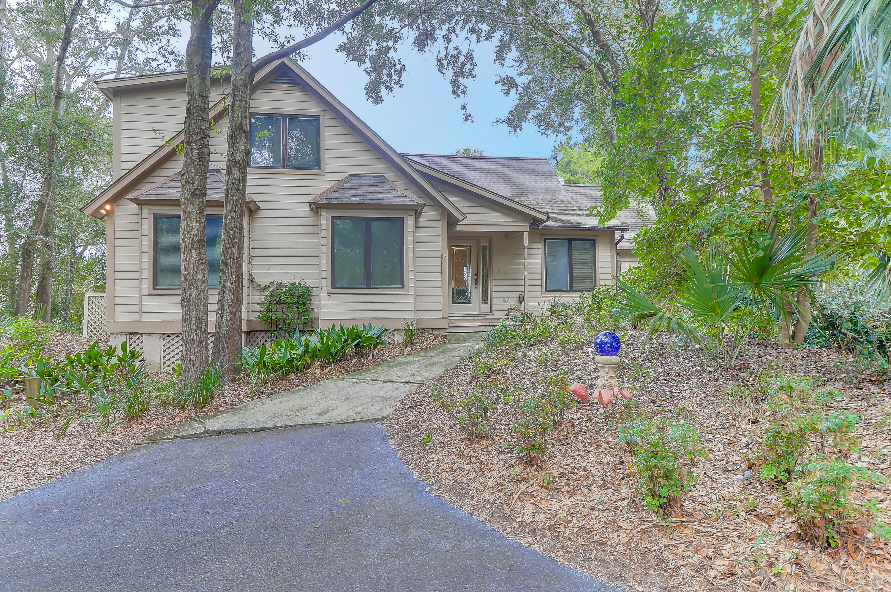 15 Edgewater Alley Isle Of Palms, SC 29451