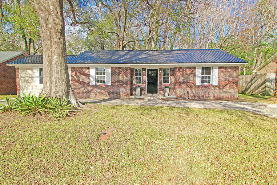 308 Violet Drive Summerville, SC 29483