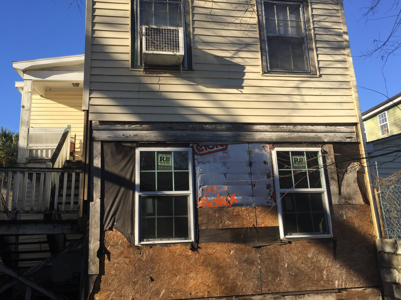 61 Nunan Street Charleston, SC 29403