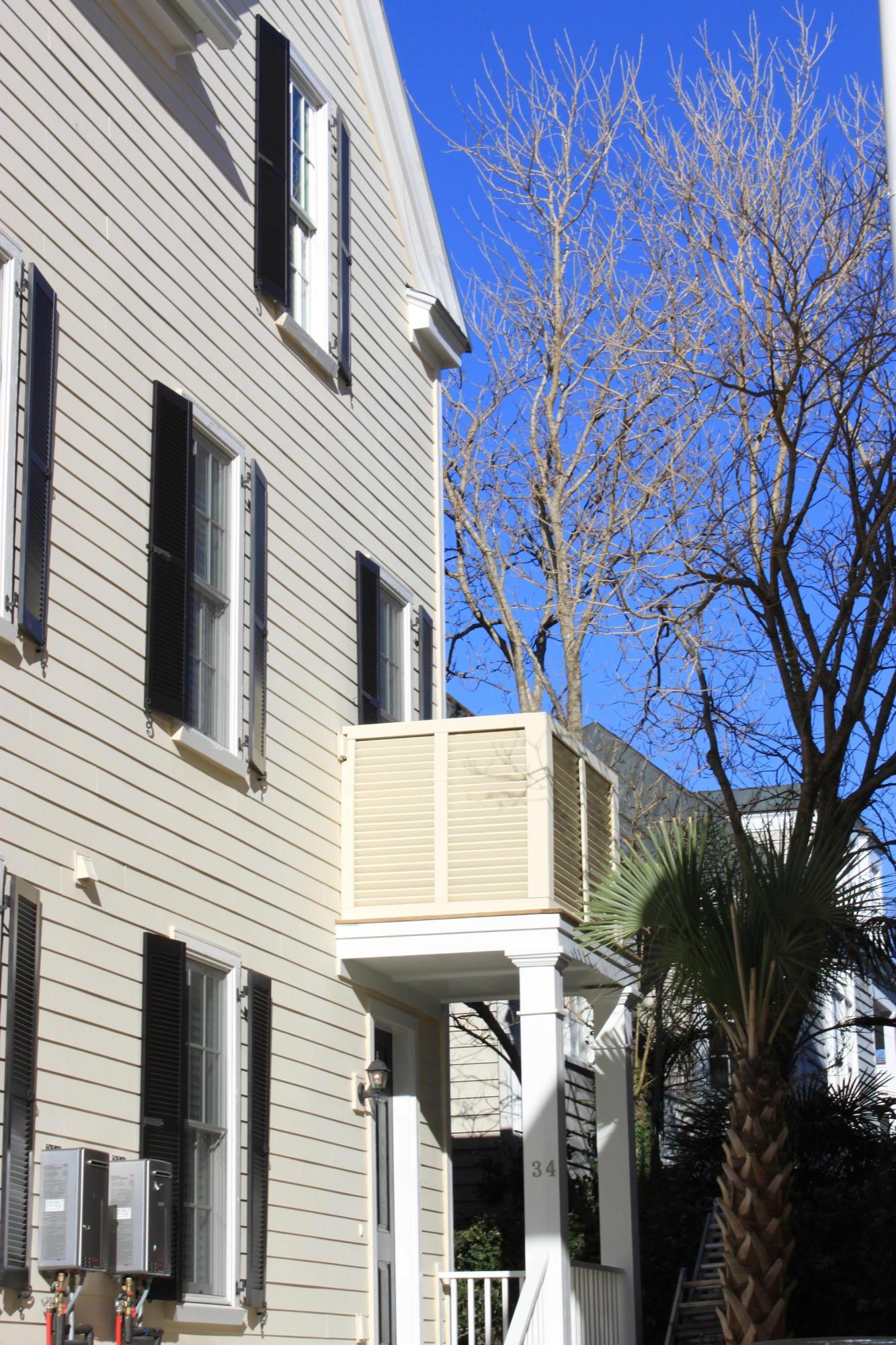 34 Dereef Court Charleston, SC 29403