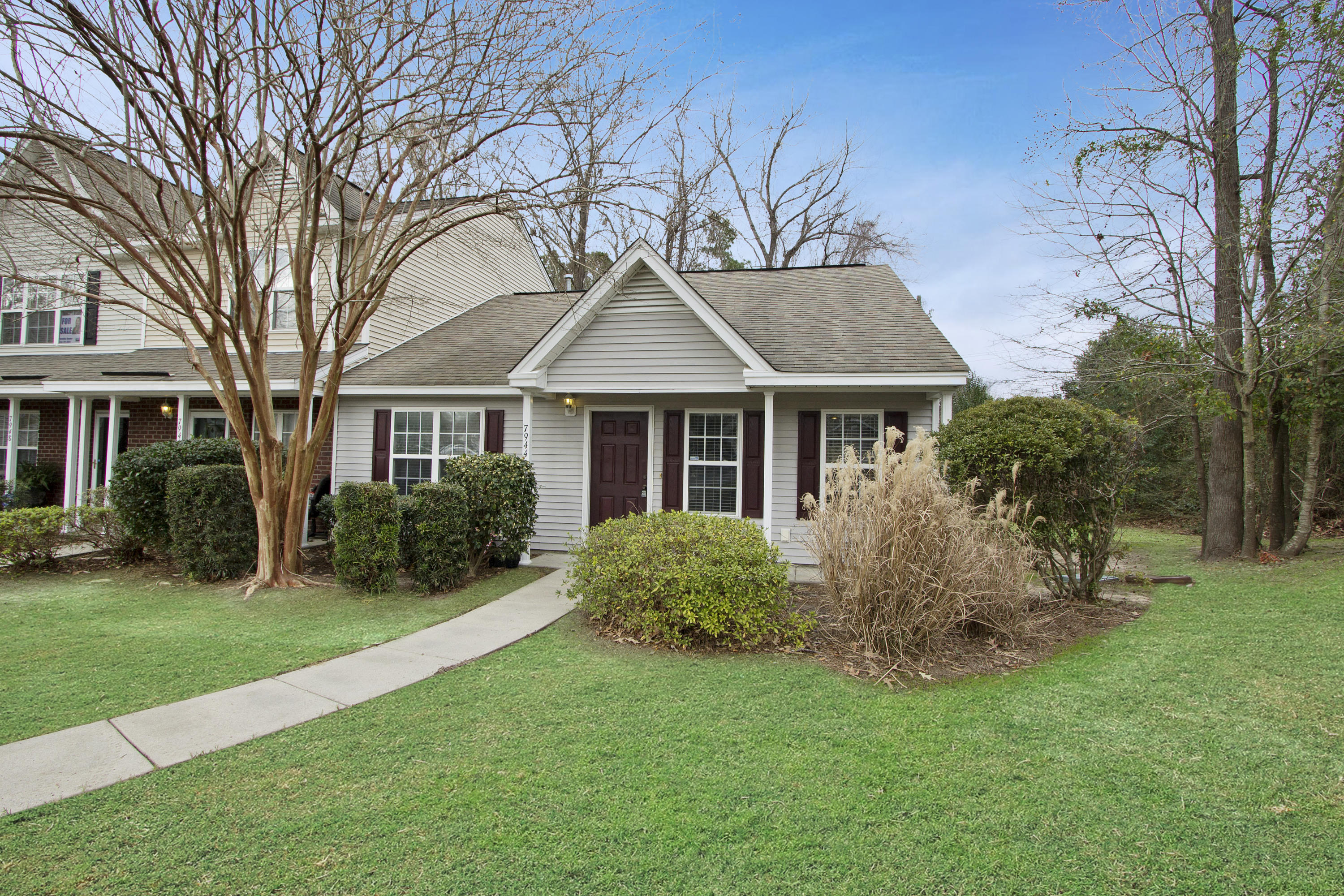 7944 Shadow Oak Drive North Charleston, SC 29406