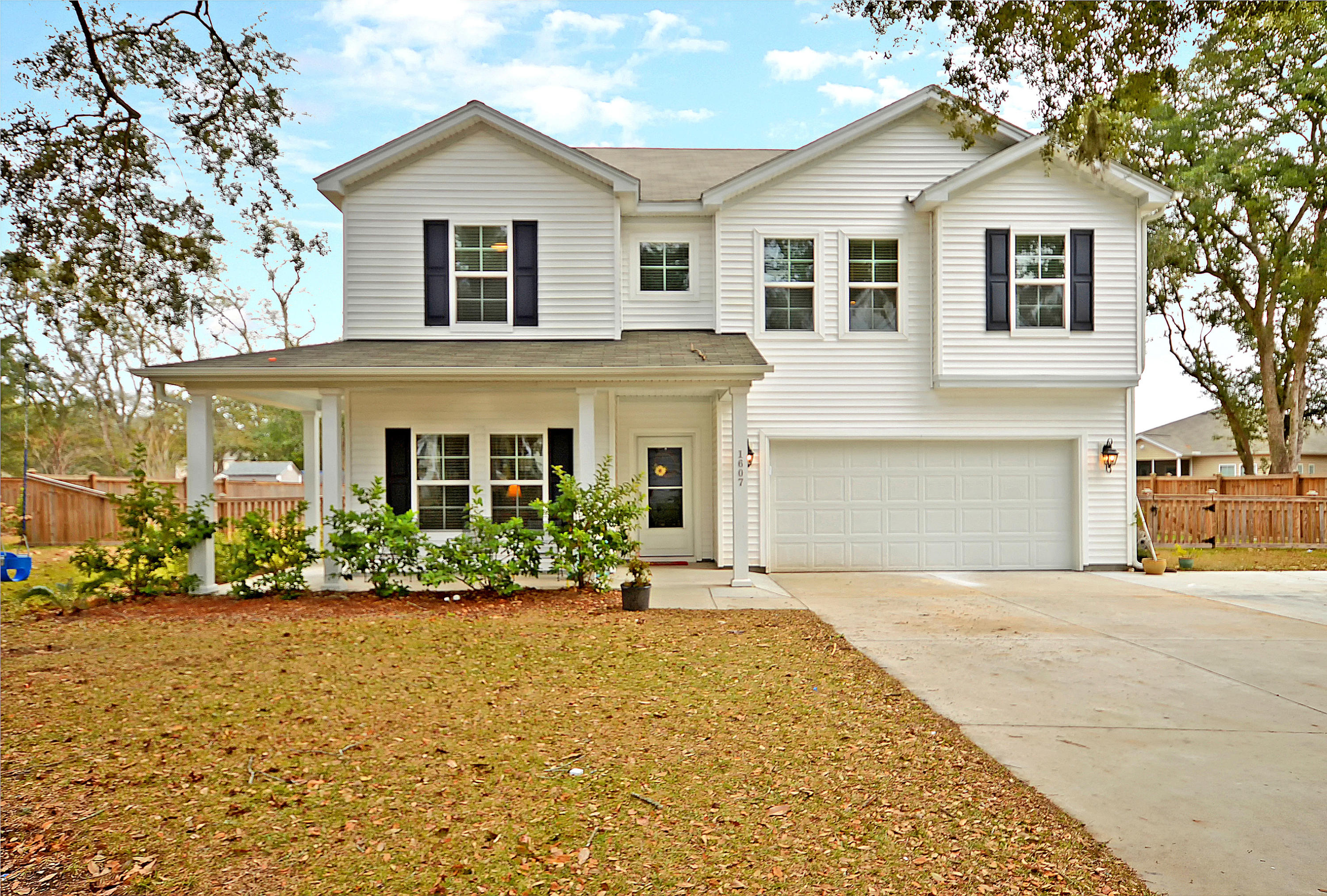 1607 Stovall Court Johns Island, SC 29455