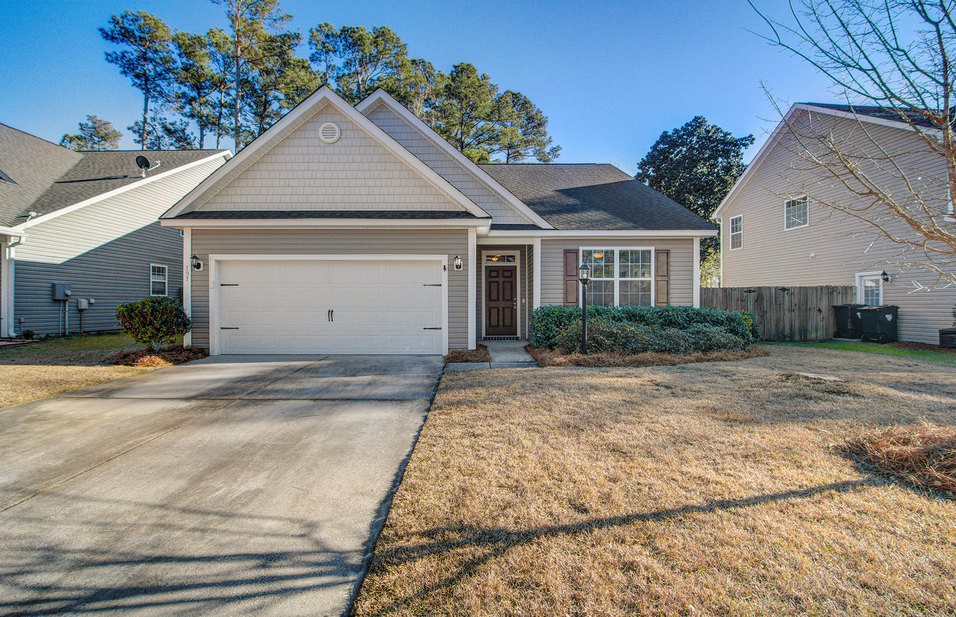 197 Withers Lane Ladson, SC 29456