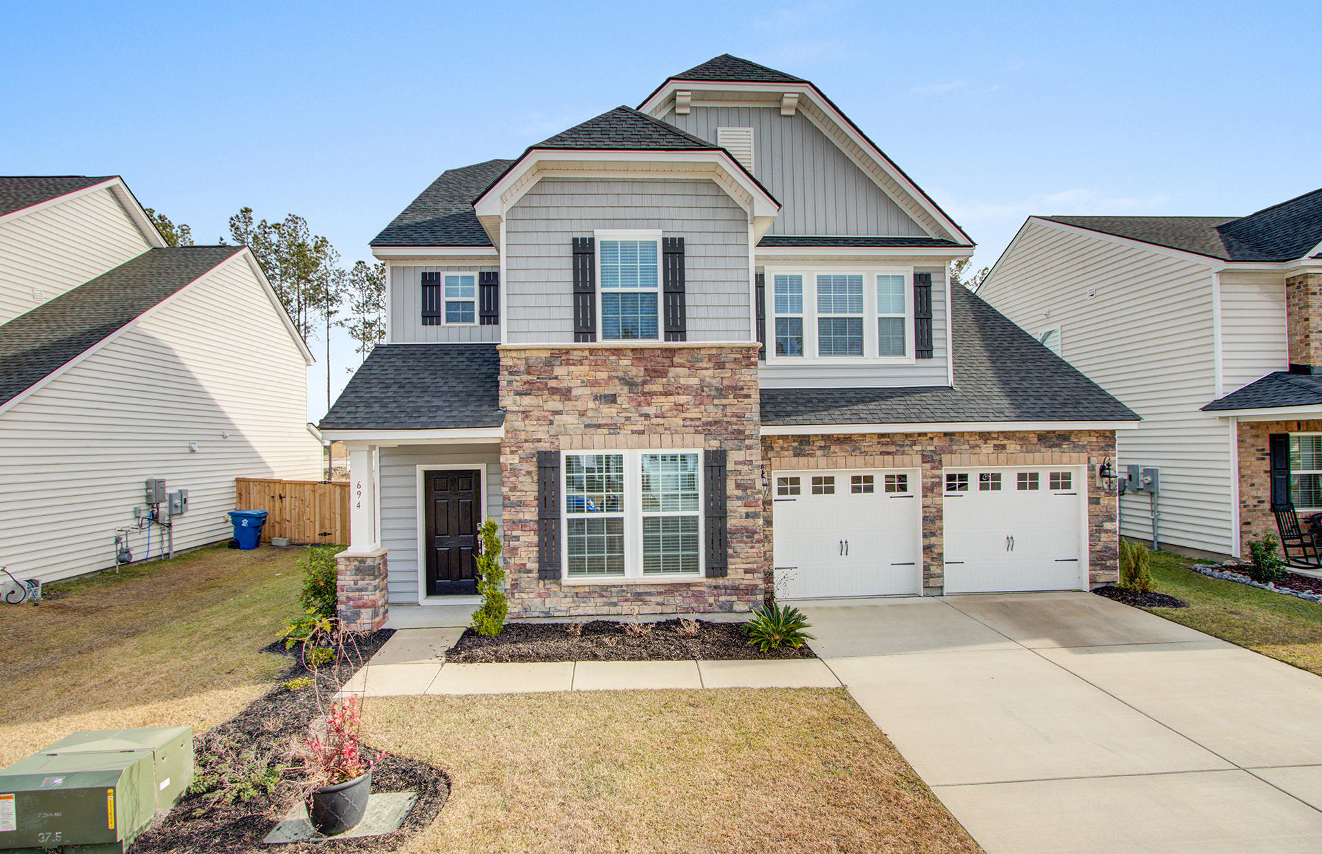 694 Redbud Lane Summerville, SC 29486