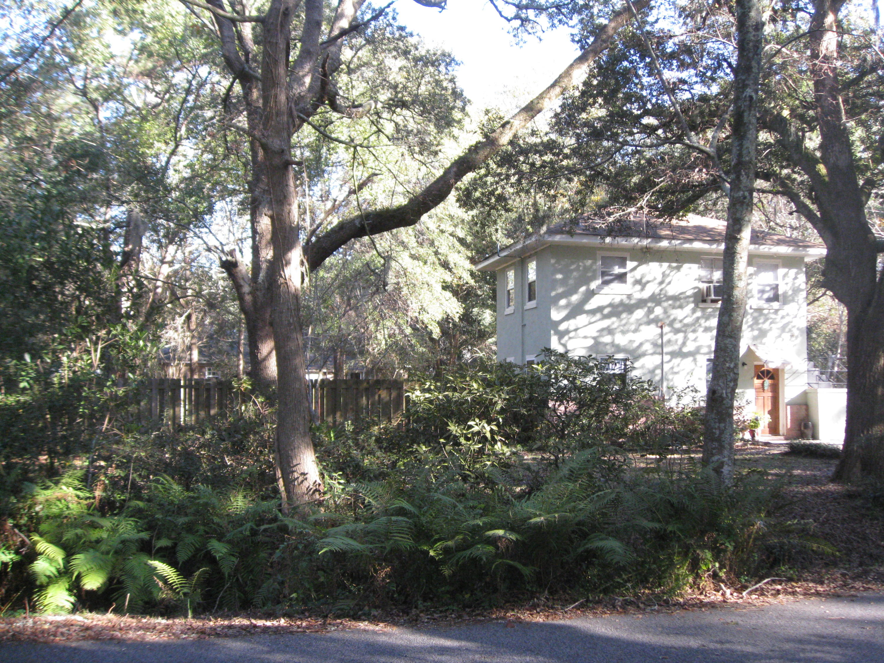 2190 Saint James Drive Charleston, SC 29412