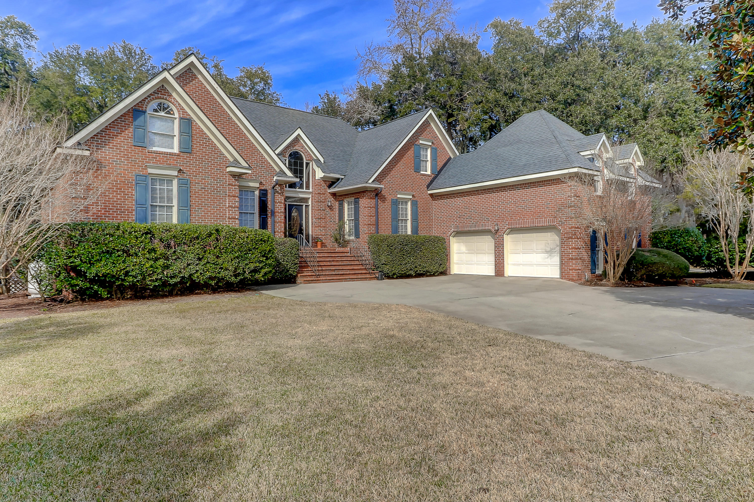 2114 Vasi Court Mount Pleasant, SC 29466