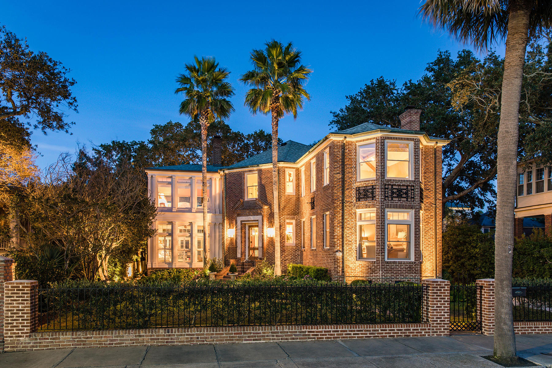 72 Murray Boulevard Charleston, SC 29401