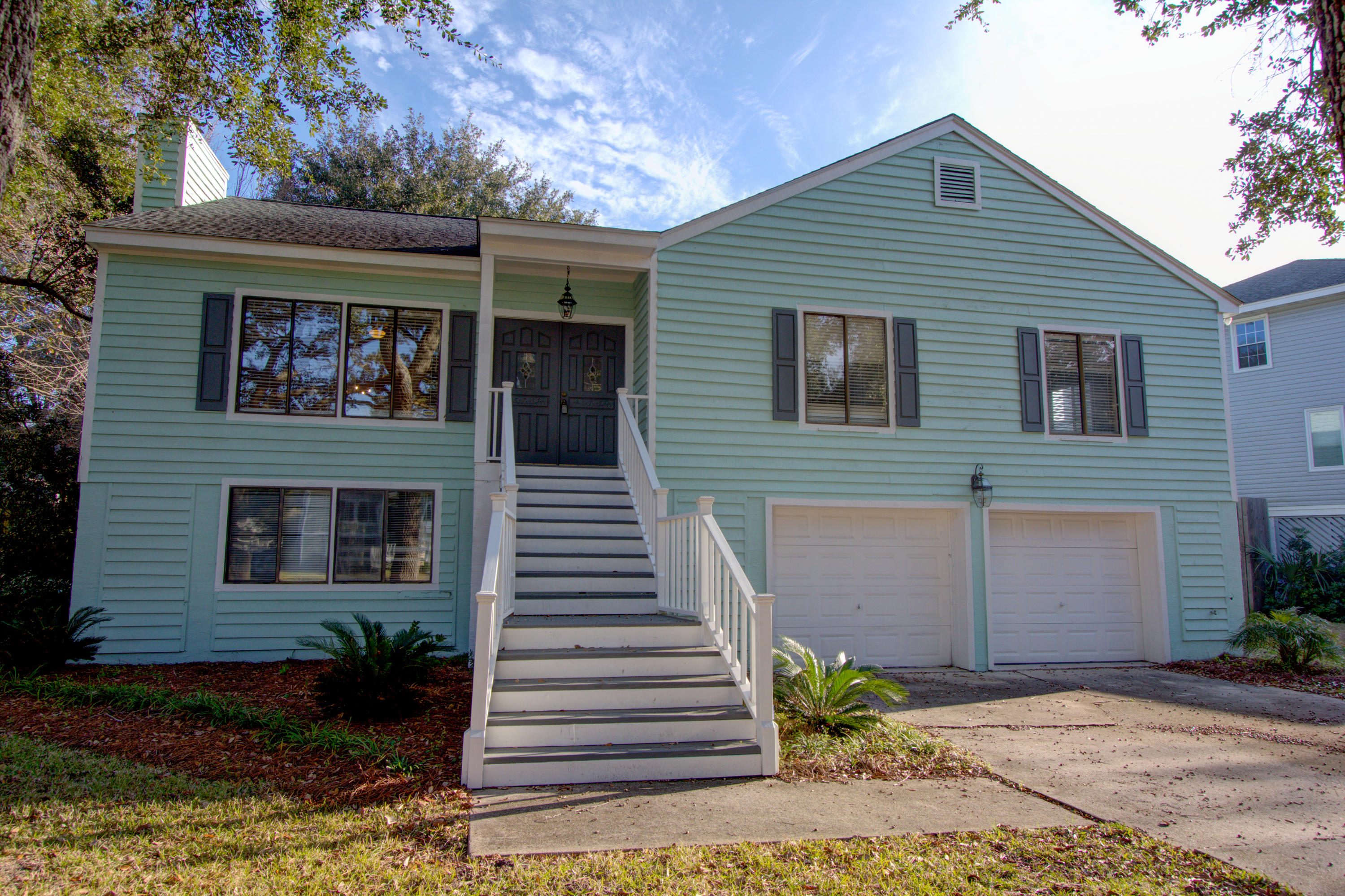 1494 Oaklanding Road Mount Pleasant, Sc 29464