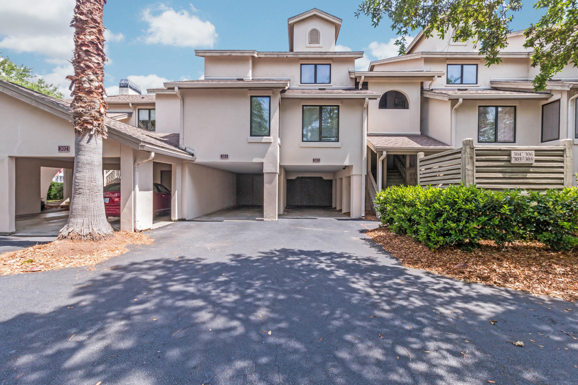 302 Yacht Harbor Villas UNIT Share D Isle Of Palms, SC 29451