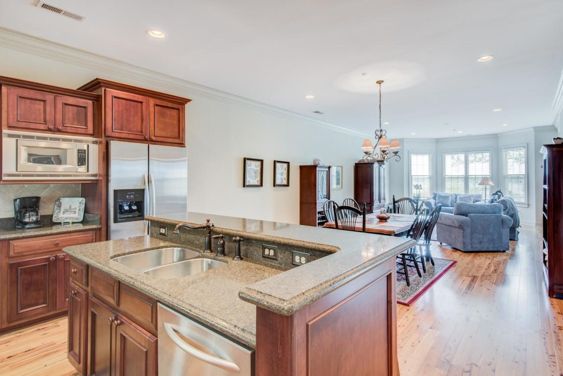 4254 Faber Place Dr Drive North Charleston, SC 29405