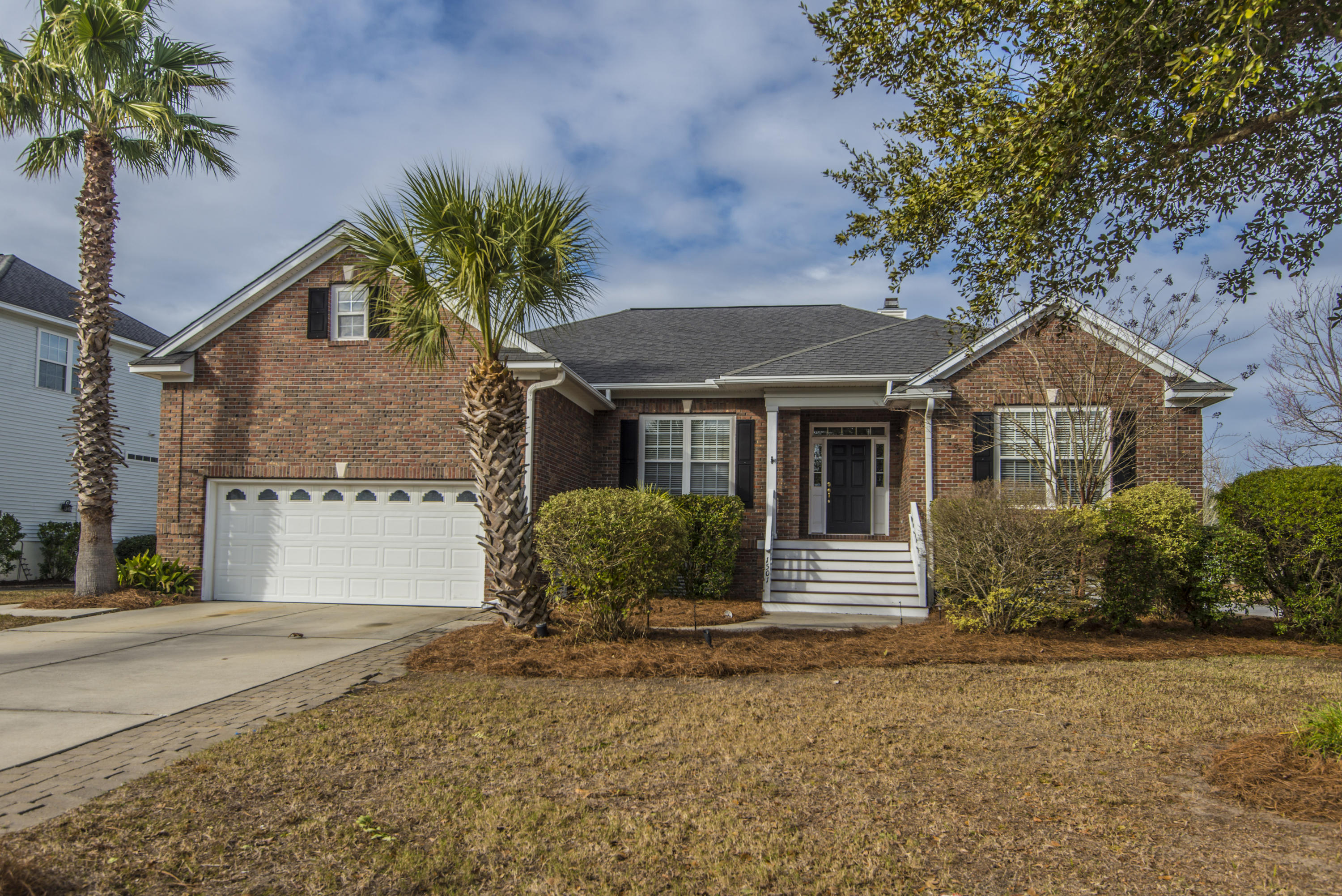 1501 Carolina Jasmine Road Mount Pleasant, SC 29464