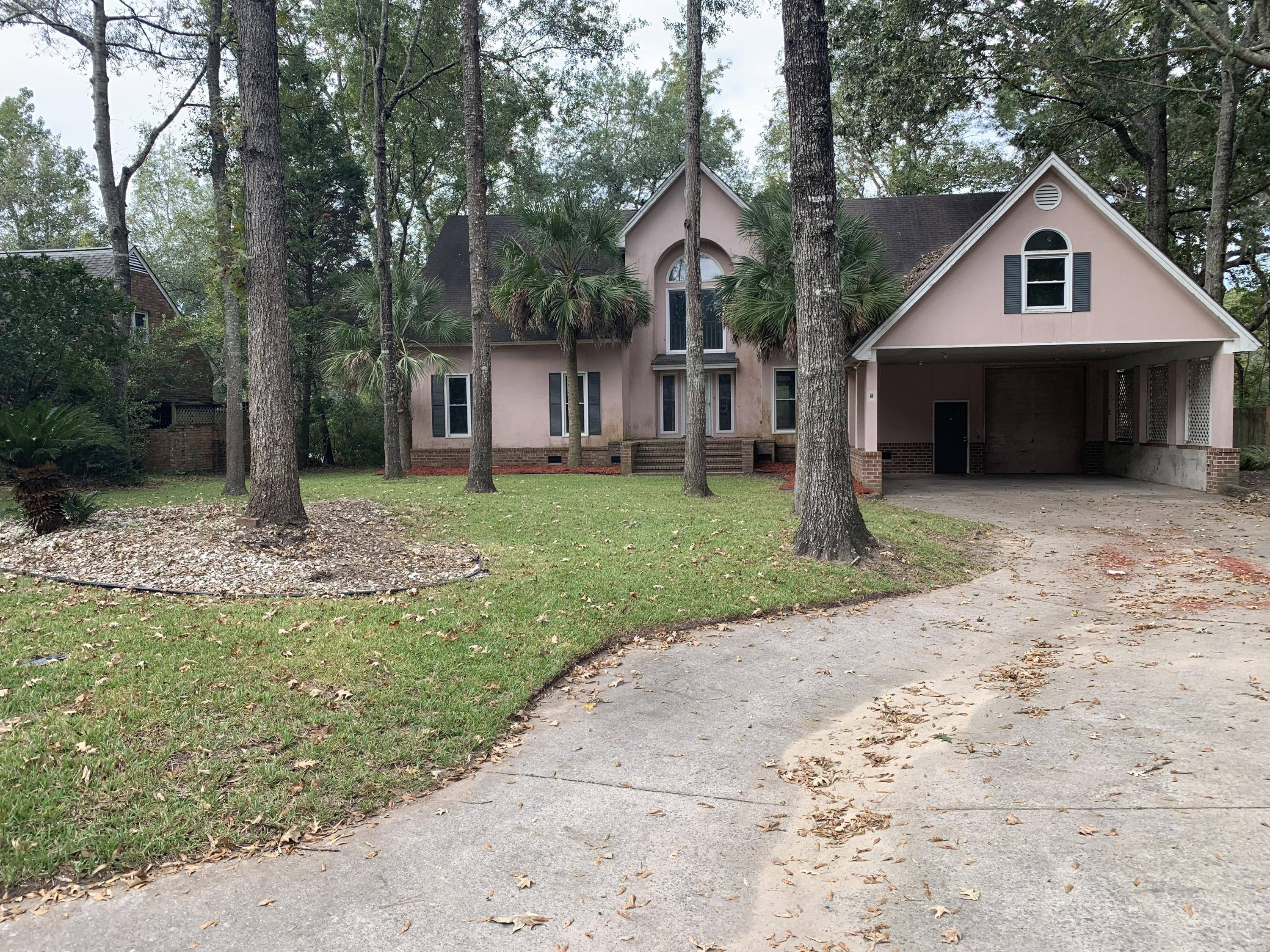406 Lakeview Drive Summerville, SC 29485