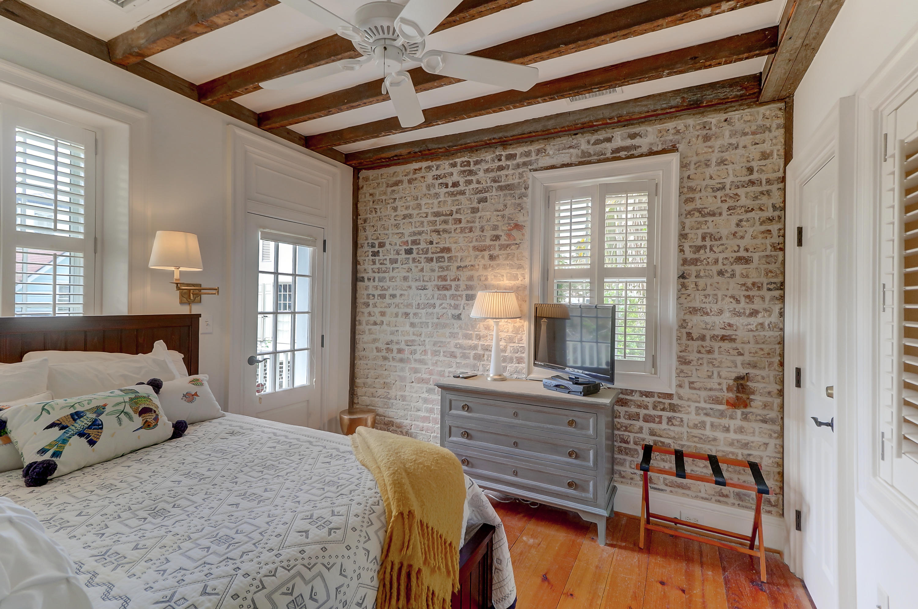 87 E East Bay Street Charleston, SC 29401