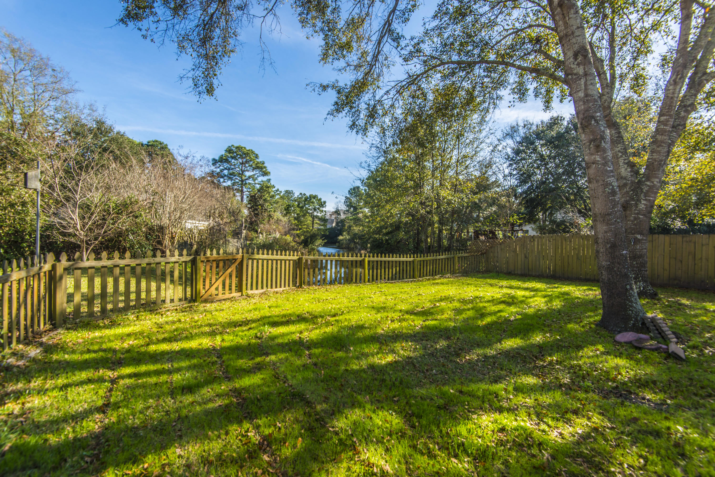 Waters Edge Homes For Sale - 1301 Battery Hill, Mount Pleasant, SC - 24