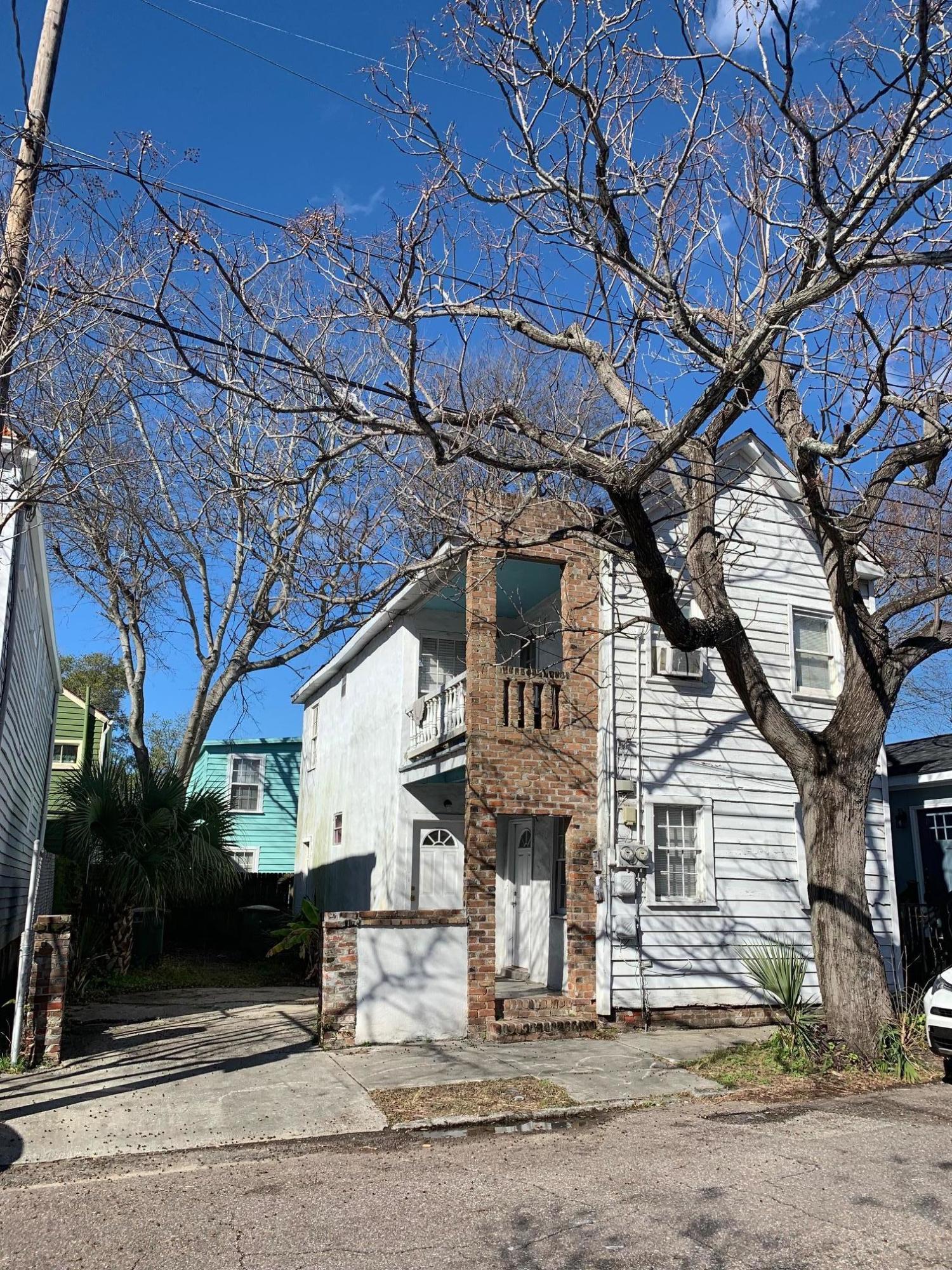 34 Kennedy Street Charleston, SC 29403