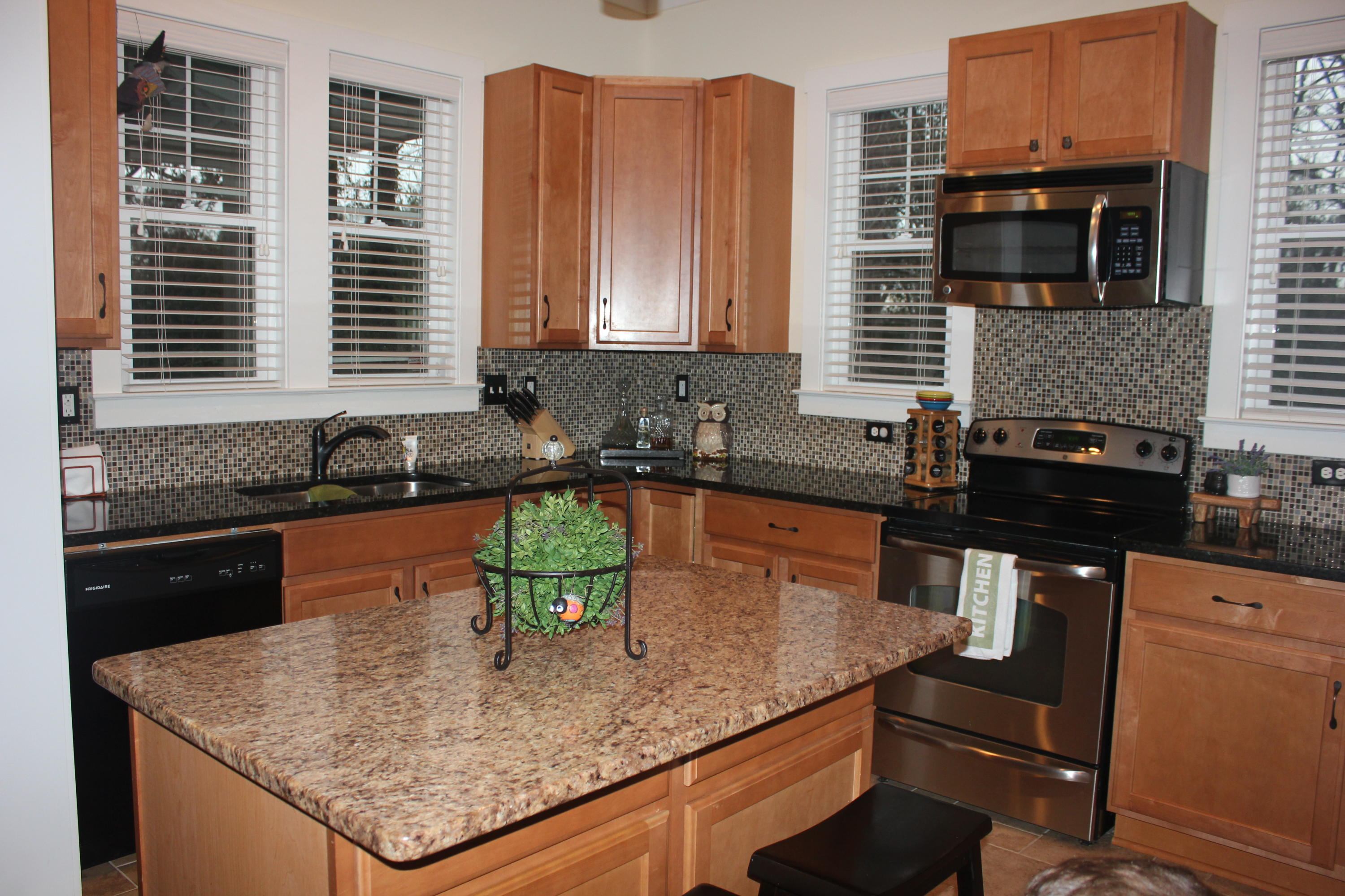 Hunley Waters Homes For Sale - 1018 Hunley Waters Circle, North Charleston, SC - 34