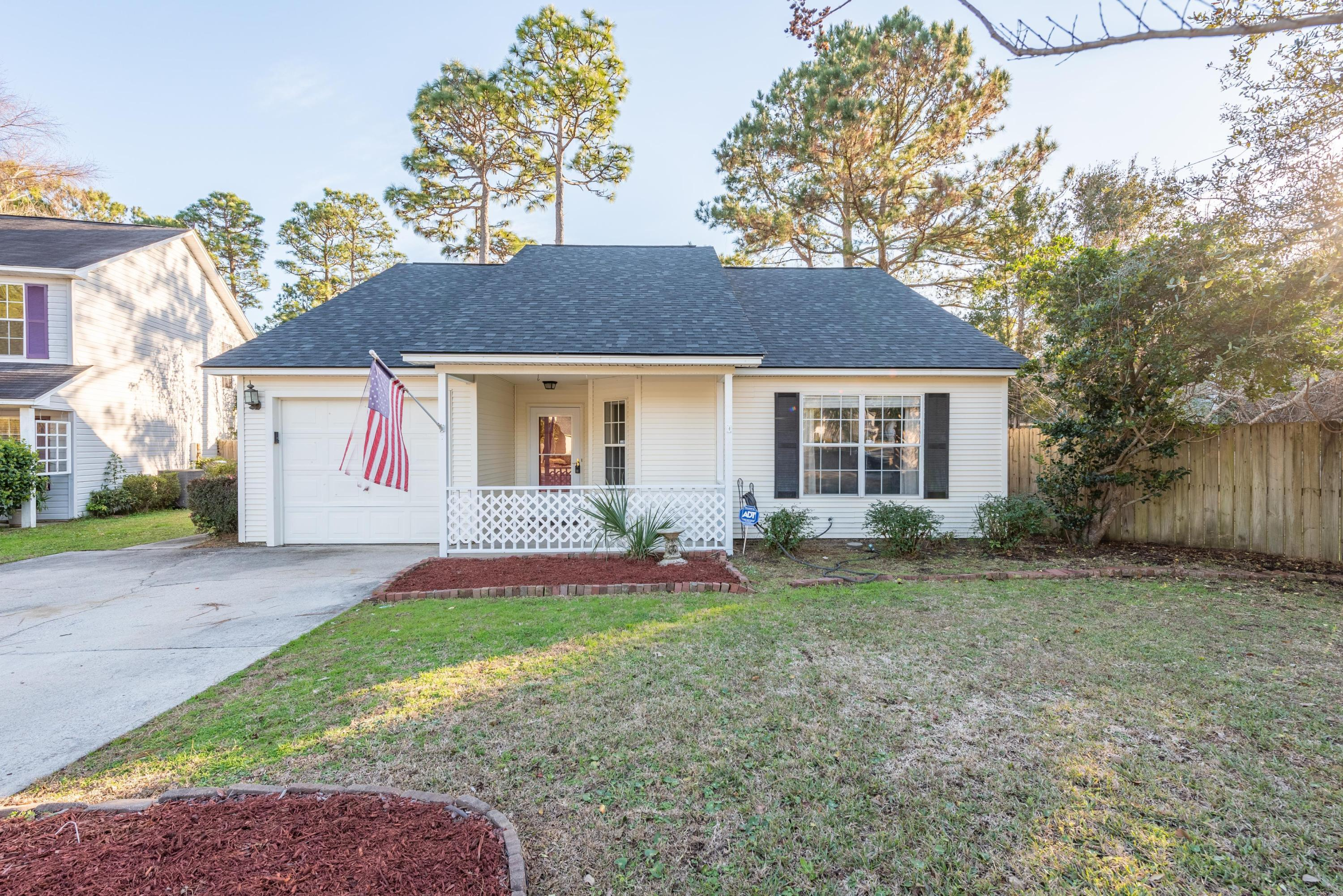 1392 Thayer Hall Drive Mount Pleasant, SC 29466