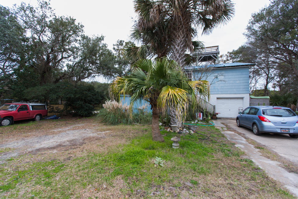 21 E 13TH Street Folly Beach, SC 29439