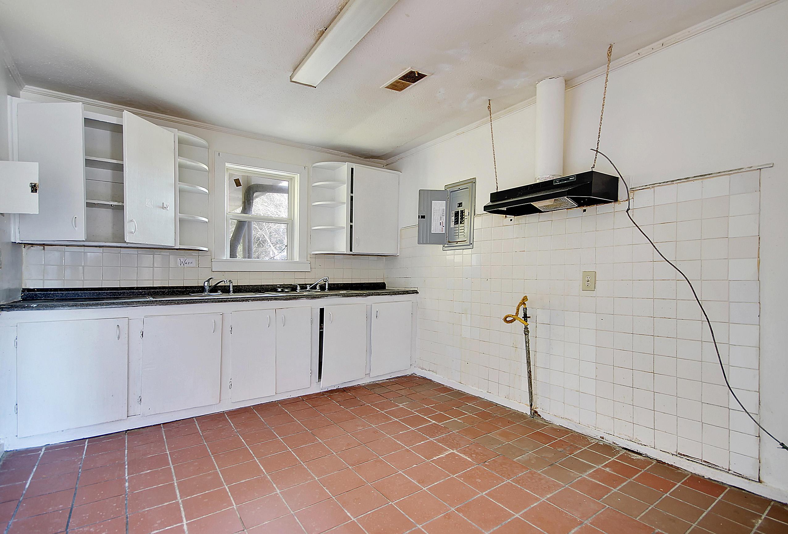 Ardmore Homes For Sale - 1612 Evergreen, Charleston, SC - 5