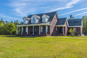 1084 BARNYARD ROAD, BONNEAU, SC 29431  Photo 1