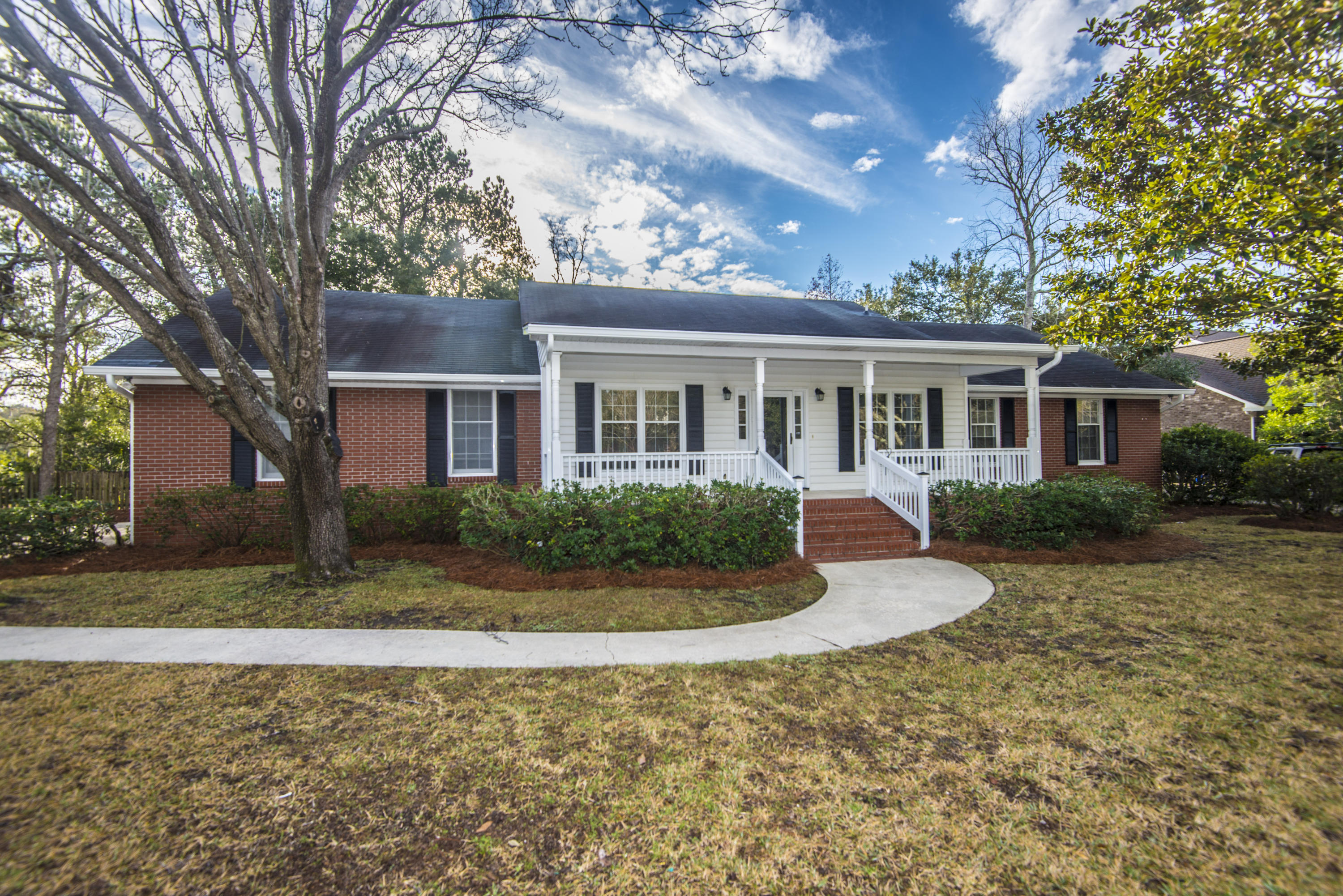1201 Manor Lane Mount Pleasant, SC 29464