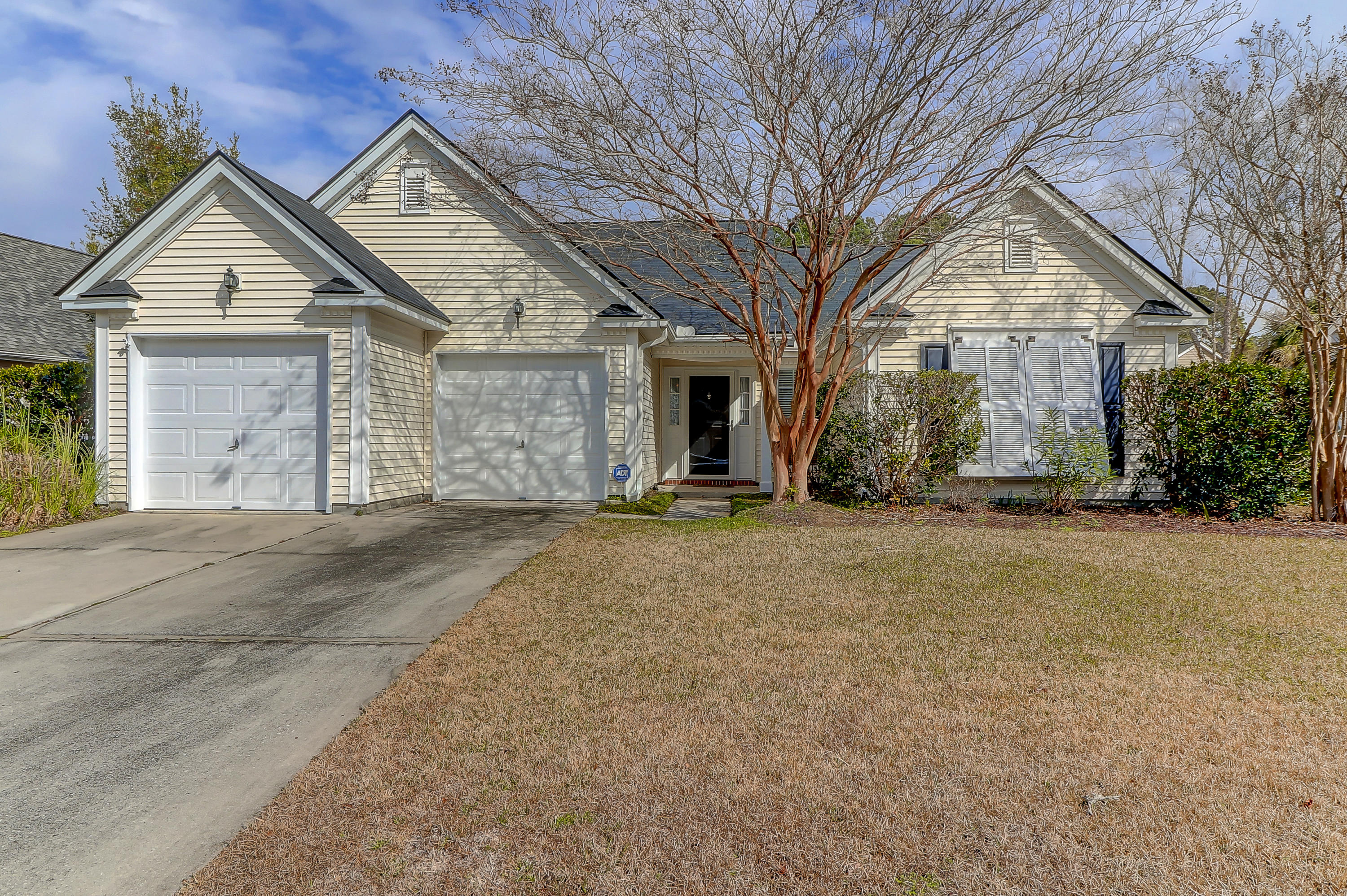 324 Rice Bay Drive Mount Pleasant, SC 29464