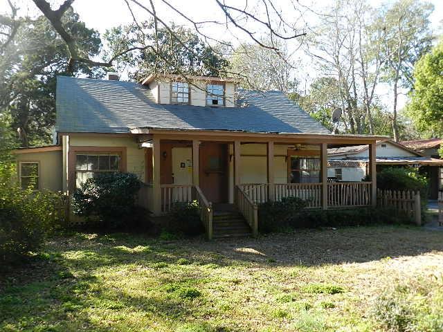 425 Riverland Drive Charleston, SC 29412