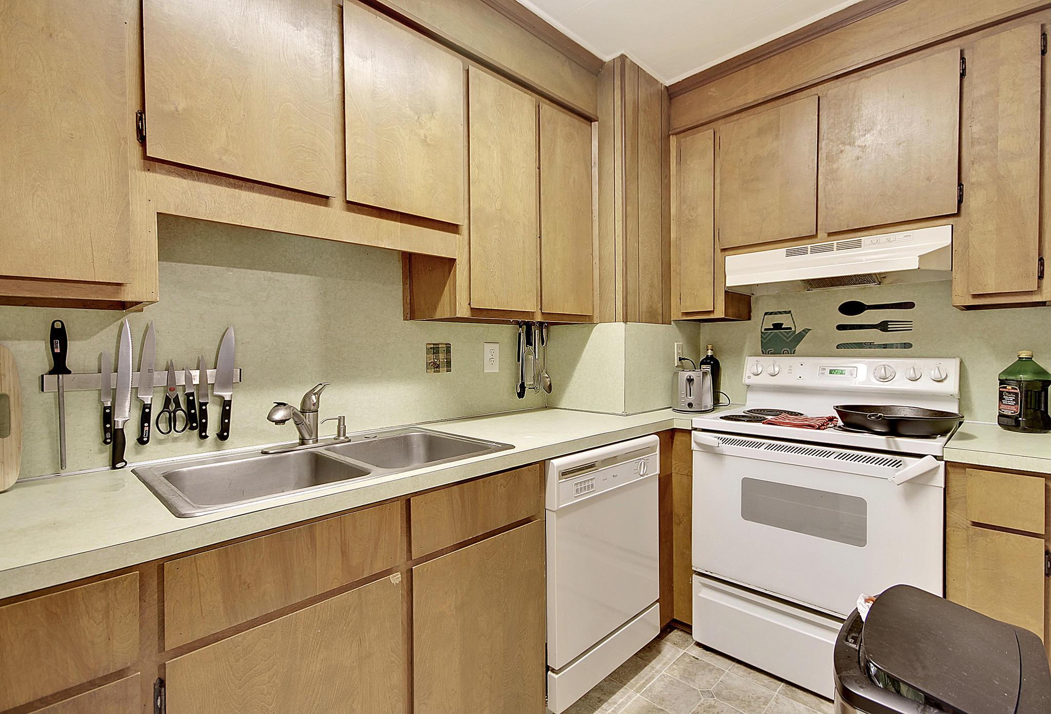 Lawton Bluff Homes For Sale - 608 Shore, Charleston, SC - 28