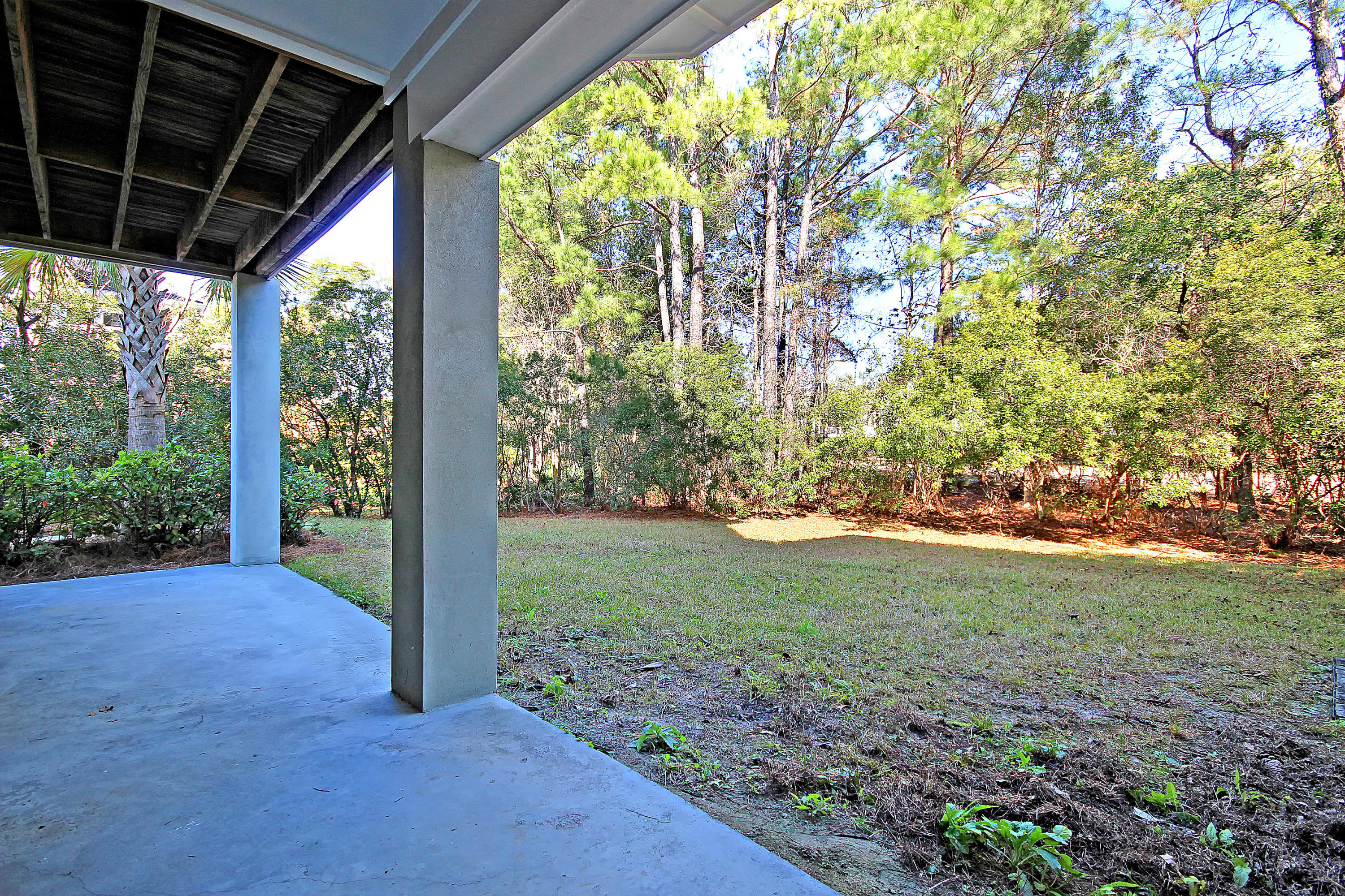 2689 Crooked Stick Lane Mount Pleasant, Sc 29466