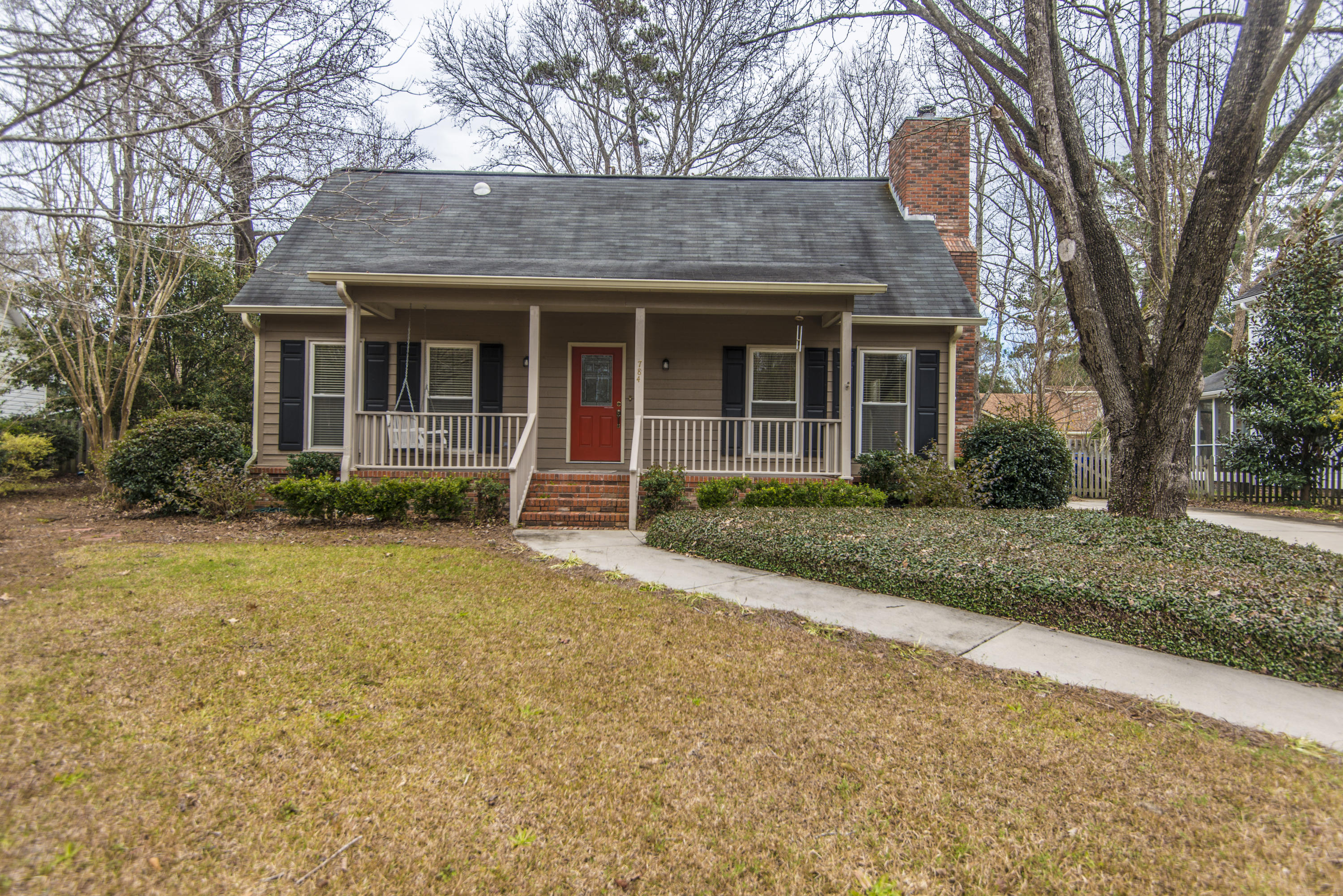 784 Milldenhall Road Mount Pleasant, SC 29464