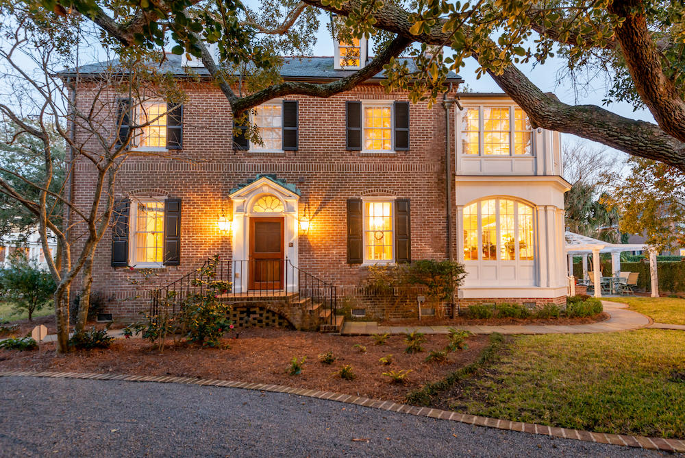 135 South Battery Charleston, SC 29401