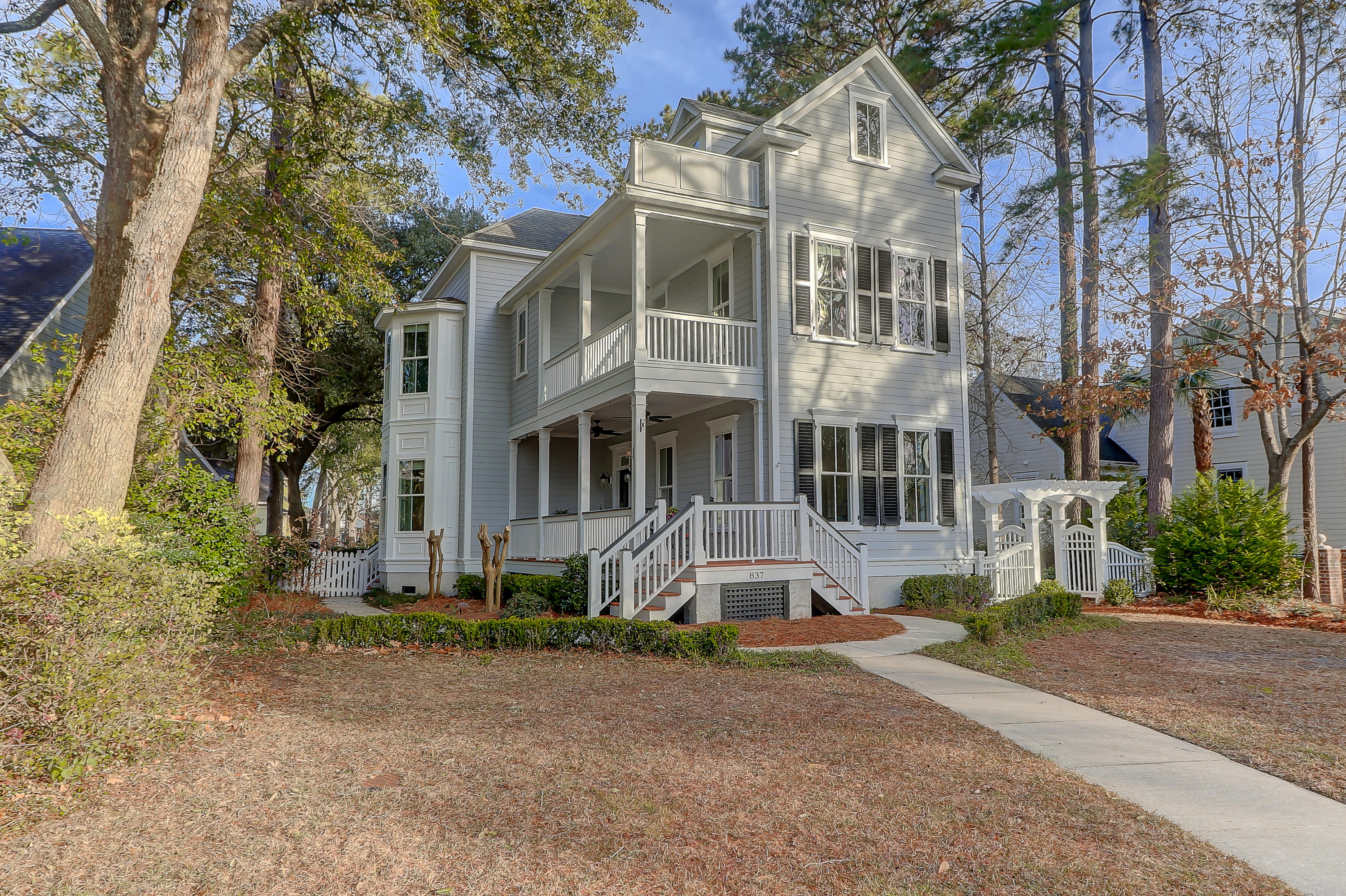 837 Tupelo Bay Drive Mount Pleasant, SC 29464