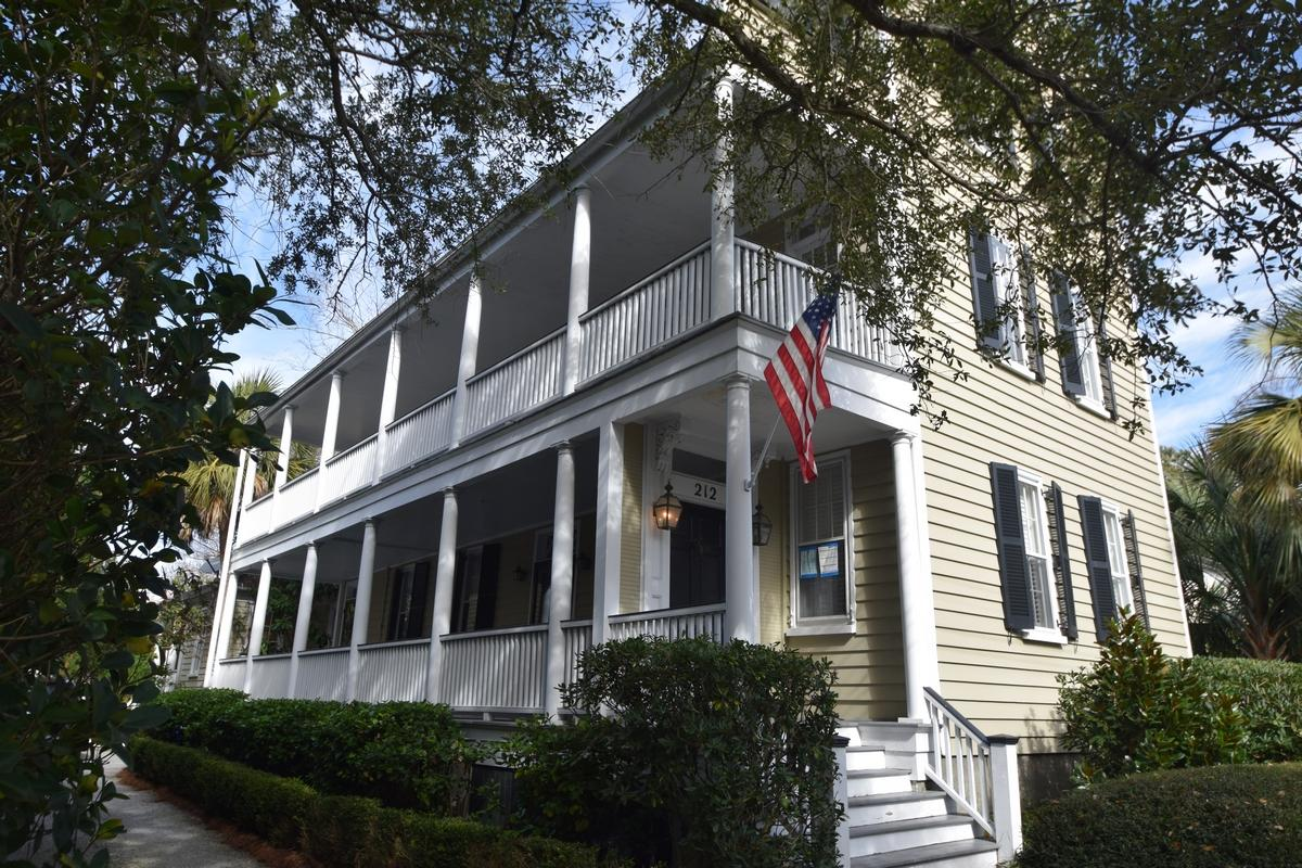 212 Wentworth Street Charleston, SC 29401