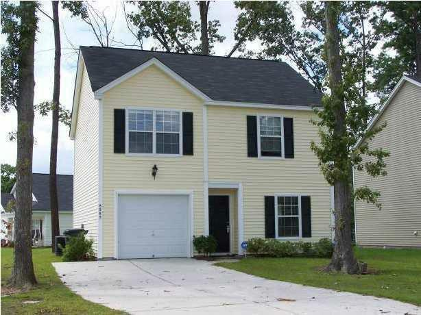 8585 Chloe Lane North Charleston, SC 29406