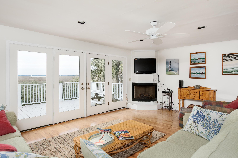 1674 E Ashley Avenue Folly Beach, SC 29439