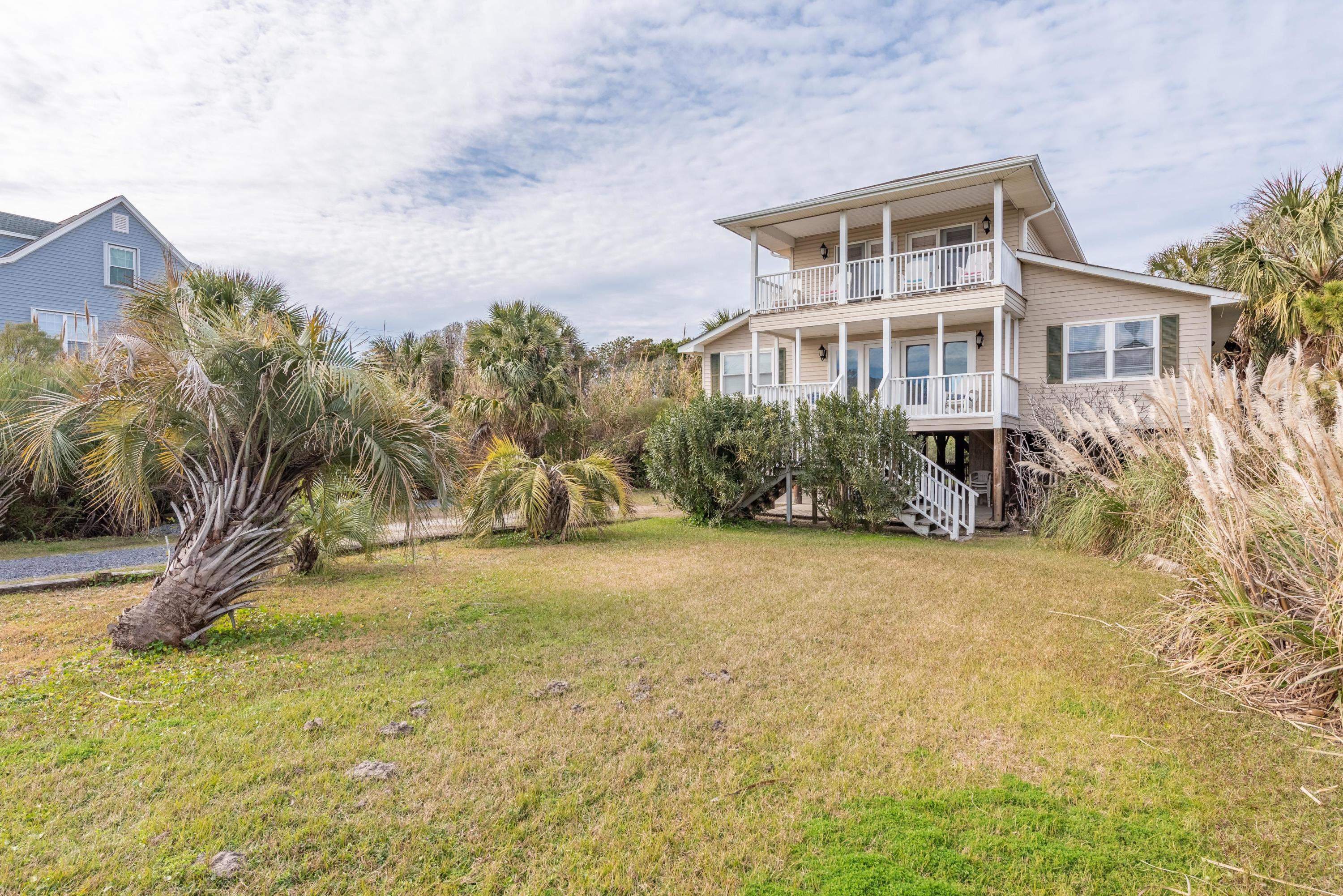 1674 E Ashley Avenue Folly Beach, SC 29439